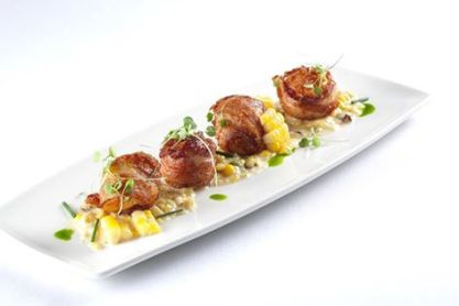 Hanover Street Chophouse | Bacon wrapped sea scallops with roasted pineapple and bacon jam