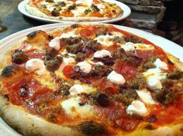 900 Degrees | signature pizza