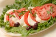Fratello's   Caprese salad