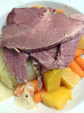 Theo's | Corned Beef and Cabbage