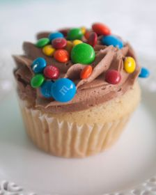 Queen City Cupcakes - M&M Cupcakes