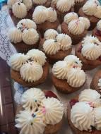 Granite State Lunchbox | Strawberry Banana Cupcakes