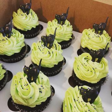 Queen City Cupcakes | scaredy cat cupcakes