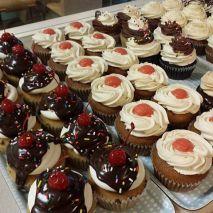 Queen City Cupcake   Hot fudge sundae cupcakes