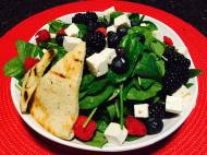 Bayona| Healthy Mixed Berry Spinach Salad