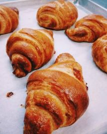 Finesse Pastries   croissant