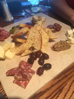 JD's Tavern | cheese board
