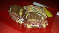 Bayona | Hot Pastrami.
