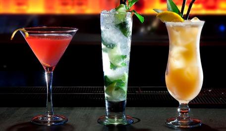 cocktail-sample-0c291e3e22d5ab4aa0bec0fbbedf92ee81ba65eda306a0939eff137b10a4645c